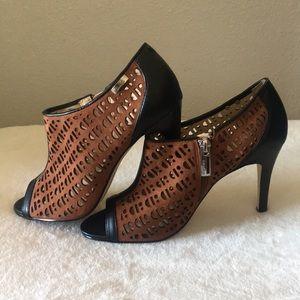 Calvin Klein Cut Out ShoeBoots Booties Size 7M